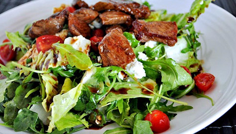 BLT steak salad